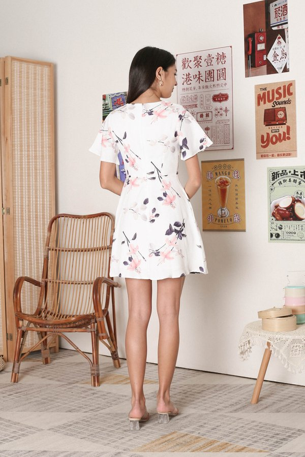 *TPZ* ORELLA FLORAL FLUTTER SLEEVES DRESS IN WHITE