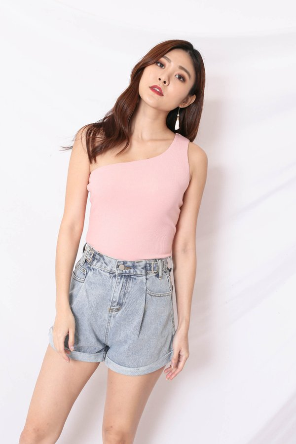 (PREMIUM) UMI RIBBED TOGA TOP IN BABY PINK