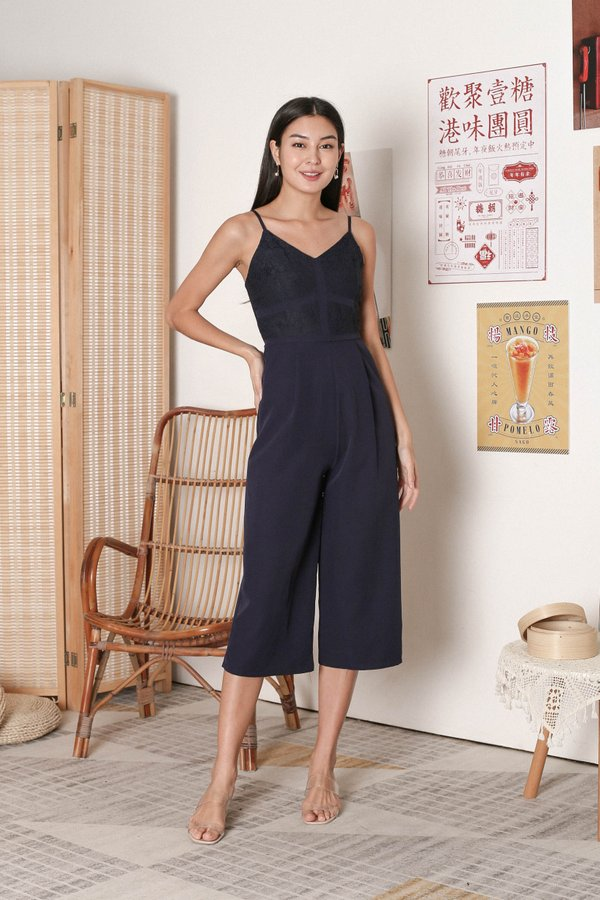 *TPZ* VERENE LACE JUMPSUIT IN NAVY