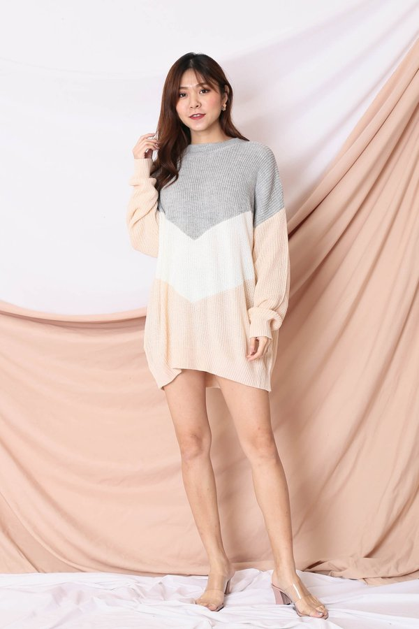 CAMMIE COLOUR BLOCK SWEATER (GREY/ PINK)