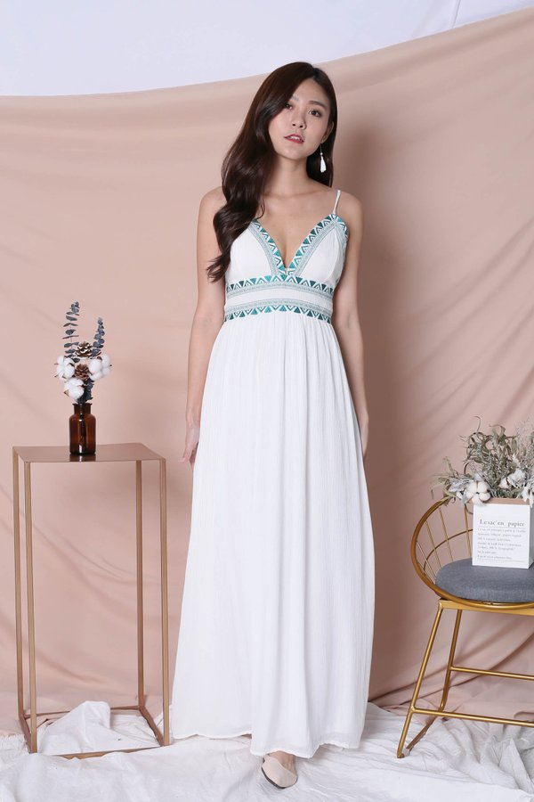 BIANCA EMBROIDERY MAXI DRESS IN WHITE