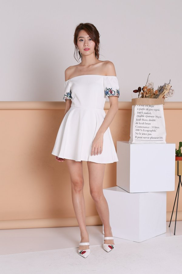 *TOPAZ* (PREMIUM) CASSIDY FLORAL EMBROIDERY DRESS ROMPER IN WHITE