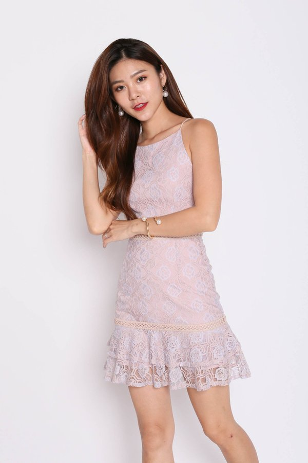 *TPZ* (PREMIUM) DEE TWO TONE LACE DRESS IN DUSTY PINK
