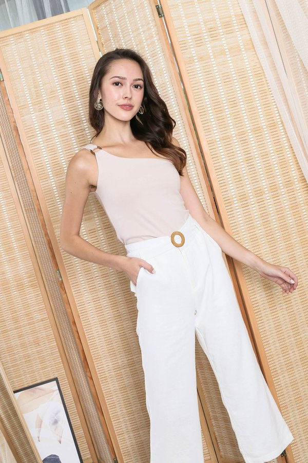 *TPZ* (PREMIUM) TYRA BUCKLE TOGA TOP IN SAND