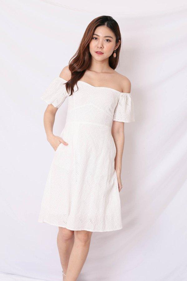 *TPZ* (PREMIUM) LEAH 3 WAYS EYELET DRESS IN WHITE