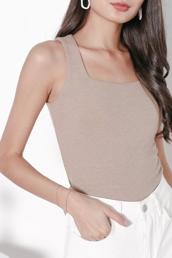 *TPZ* ALL DAY RIBBED BASIC TOP IN CAPPUCCINO *WITH SCRUNCHIE*