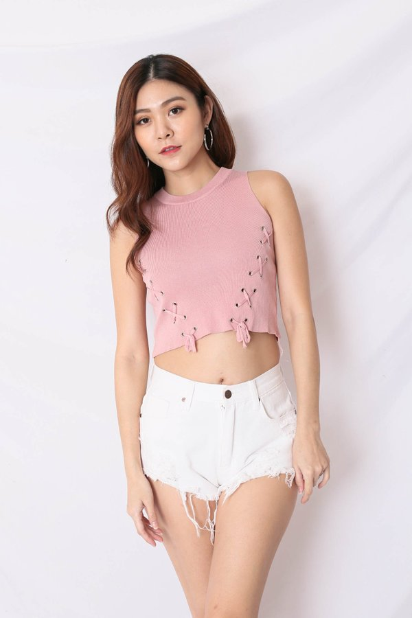 BACK STREET LACE KNIT TOP IN BABY PINK
