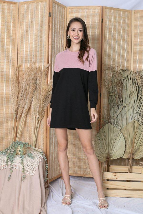 PASTEL COLOURBLOCK SWEATER DRESS (PINK/ BLACK)