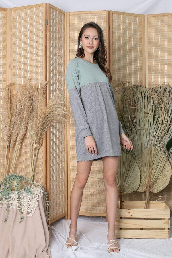 PASTEL COLOURBLOCK SWEATER DRESS (MINT/ LIGHT GREY)