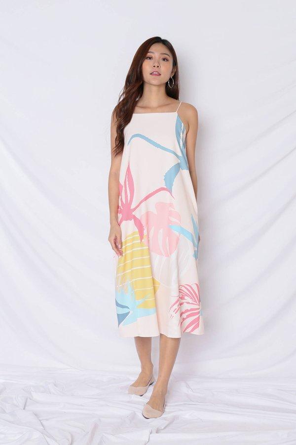 (PREMIUM) ALOHA SHIFT DRESS WITH SLIT IN CREAM