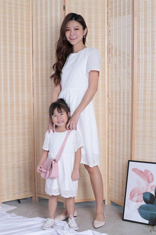 (PREMIUM) HALLY EYELET DRESS IN WHITE