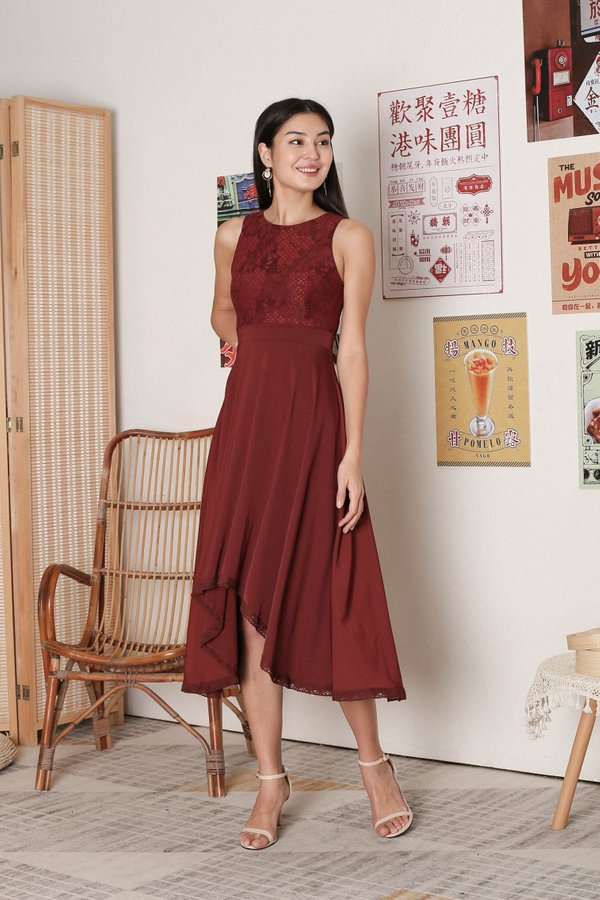 *TPZ* ULYS LACE DRESS IN BURGUNDY