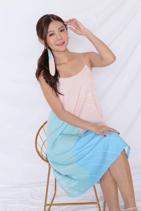 (PREMIUM) REUNION SPAG TENT DRESS IN BLUE