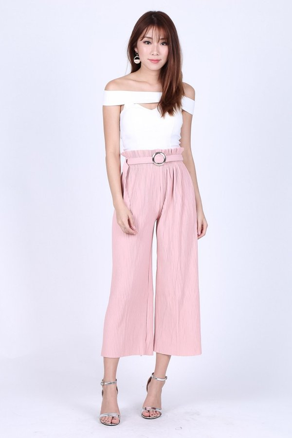 *RESTOCKED* OFF DUTY PLEATED CULOTTES IN BABY PINK