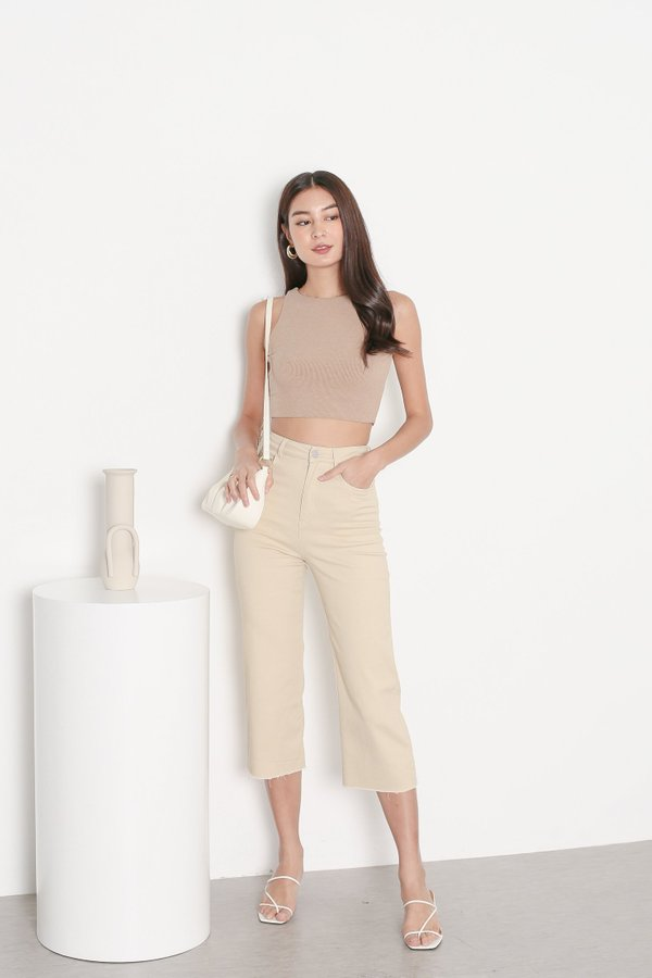 *TPZ* DUALITY 2 WAYS RACER TOP IN CAPPUCCINO *WITH SCRUNCHIE*