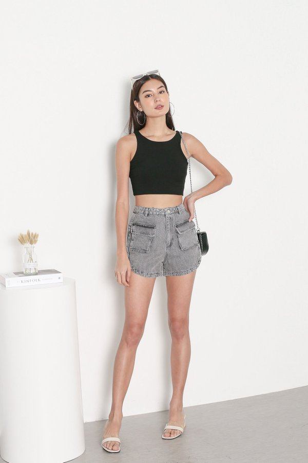 *TPZ* DUALITY 2 WAYS RACER TOP IN BLACK *WITH SCRUNCHIE*