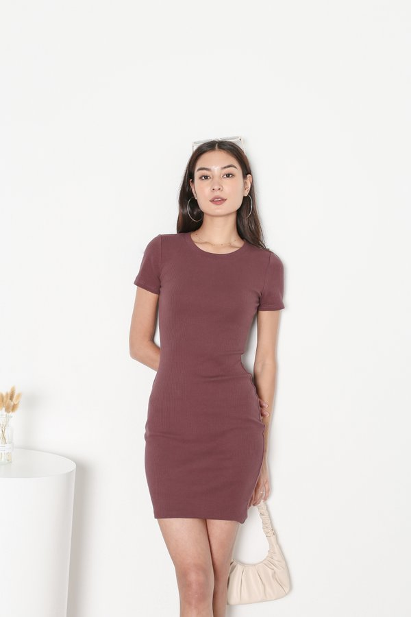*TPZ* IN REALITY RIBBED KNIT DRESS IN GRAPE