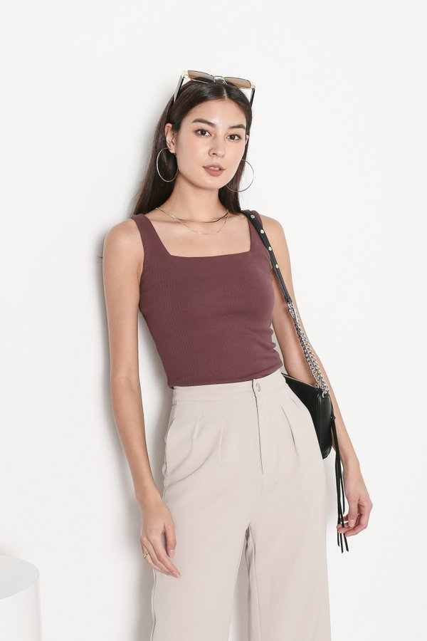 *TPZ* ZONIA 2 WAY TOP IN GRAPE *WITH SCRUNCHIE*