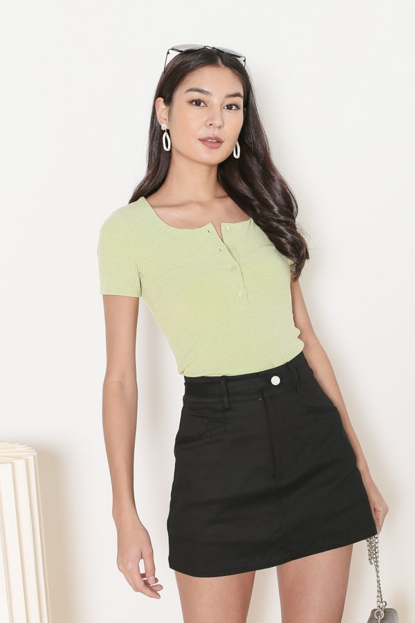 *TPZ* TAKE IT EASY RIBBED TOP IN APPLE GREEN *WITH SCRUNCHIE*