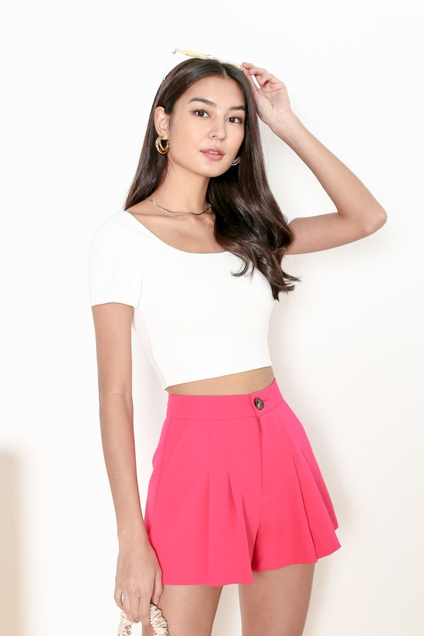 *TPZ* SOS PLEATED SHORTS IN BARBIE PINK