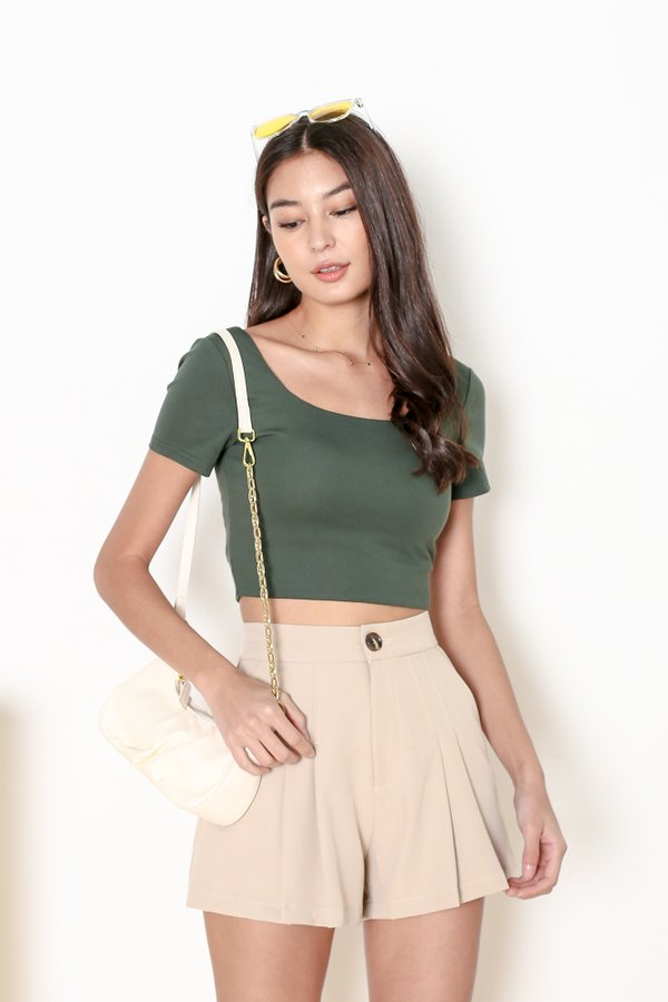 *TPZ* SOS PLEATED SHORTS IN TAUPE