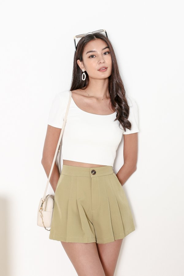 *TPZ* SOS PLEATED SHORTS IN EARTH GREEN