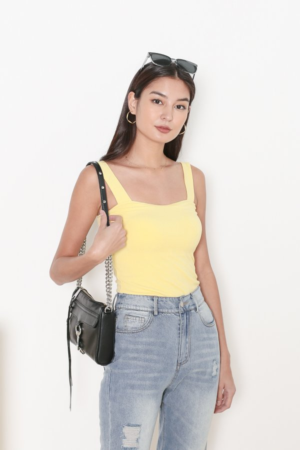 *TPZ* DEFINE PADDED TOP IN BUTTERMILK YELLOW