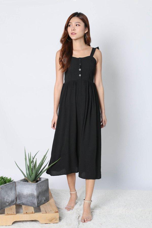 TESLA DRESS IN BLACK